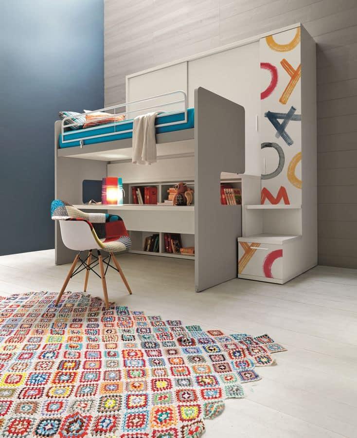 kleiderschrank mit integriertem etagenbett mit schreibtisch im digitaldruck dekoriert idfdesign. Black Bedroom Furniture Sets. Home Design Ideas