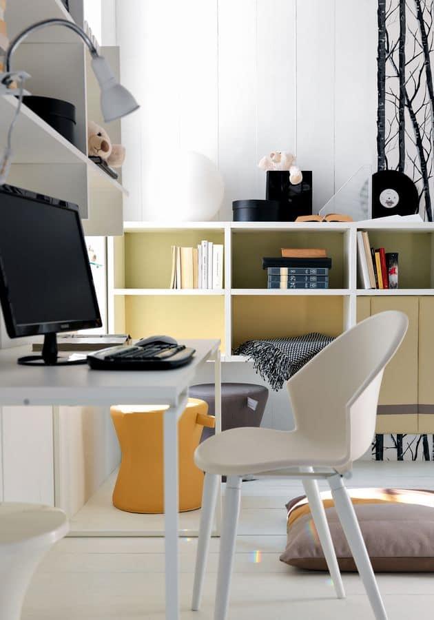 Möblierung Schlafzimmer für Jungen, mit Schreibtisch  IDFdesign