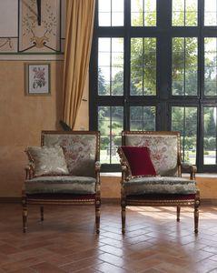 Margherita, Klassischer Sessel mit intensiver und harmonischer Schnitzerei