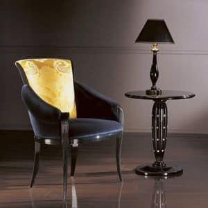 PC338, Klassischer Sessel in Holz, gepolsterte Sitzfläche und Rücken