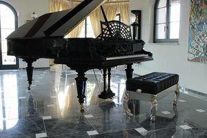 Finlandia Klavierbank, Klavierbank