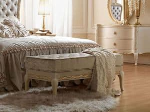 m bel sitzb nke klassischen stil luxus idfdesign. Black Bedroom Furniture Sets. Home Design Ideas