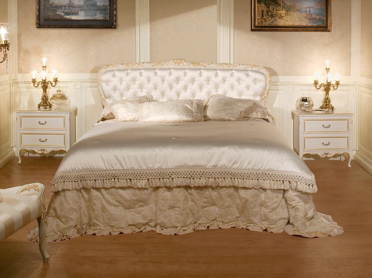 Bett mit gesteppten Kopfteil, Luxus im klassischen Stil   IDFdesign