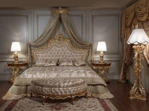 Art. 2012 Schlafzimmer , Klassisches Bett, Kopf geschnitzt und vergoldet, capitonné padding
