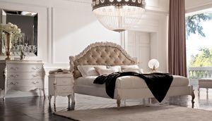 Art. 21412, Elegantes Bett mit geschnitzten Kopfteil