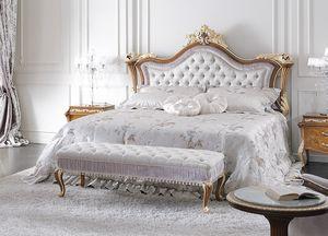 ART. 3050, Bett im klassischen Stil mit dekoriertem Kopfteil