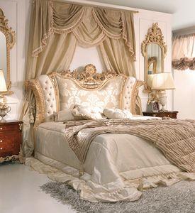 Art. 800, Luxuriöses Bett mit gepolstertem und geschnitztem Kopfteil