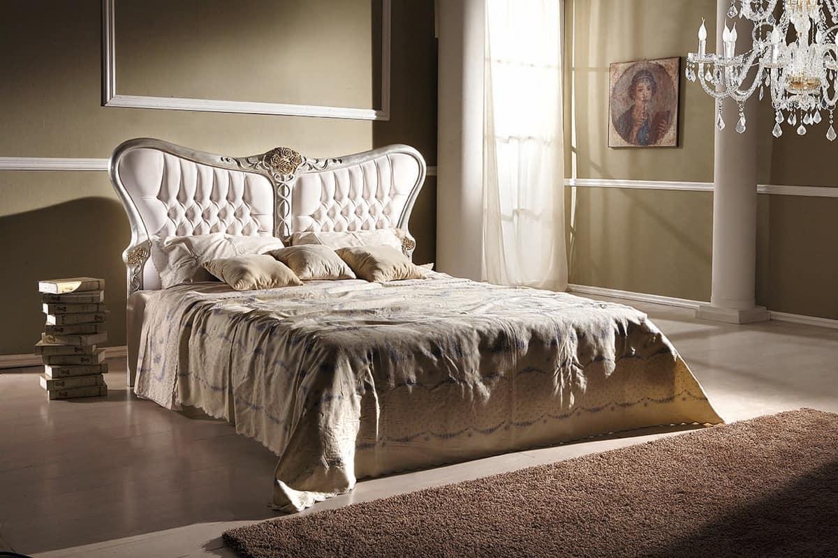 Bett mit geschwungenen Linien, mit getuftetem Kopfteil | IDFdesign