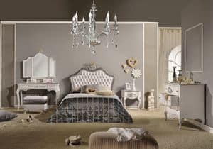 Art. 809, Einzelbett lackiert mit silberner Blattveredelung