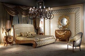 LE19 Vanity, Bed aus Massivholz, Blattgold Verzierungen, gesteppt