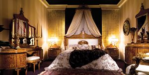 Bett 3460, Bett im Maggiolini-Stil