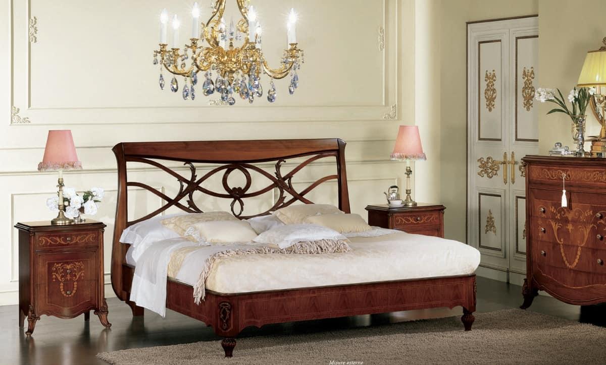 Nussbaum-Bett, mit Kopfteil perforiert, handgefertigt | IDFdesign