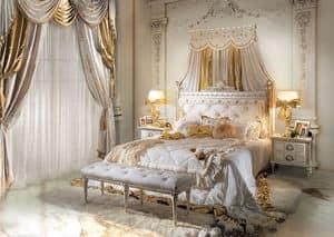 Perla, Klassischer Luxus Doppelbett im Holz geschnitzt
