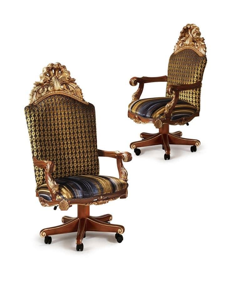 bibliothek mit details in blattgold aus holz geschnitzt. Black Bedroom Furniture Sets. Home Design Ideas
