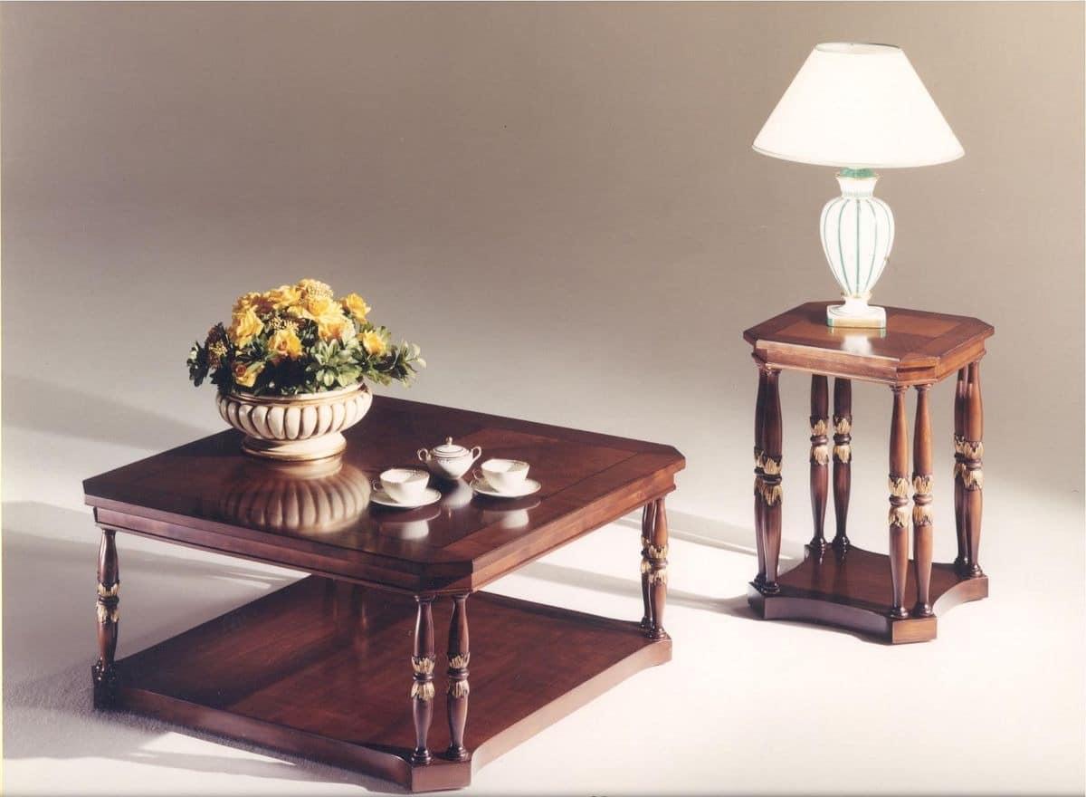 platz couchtisch aus holz f r den klassischen stil wohnzimmer idfdesign. Black Bedroom Furniture Sets. Home Design Ideas