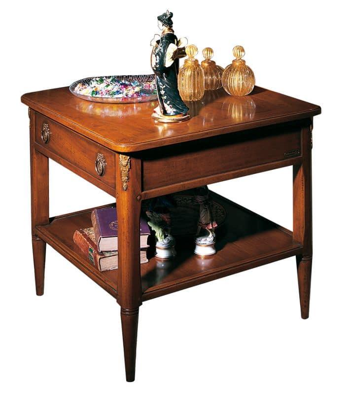 Tische kleine tische klassische stil luxus und klassisch for Beistelltisch quadrato