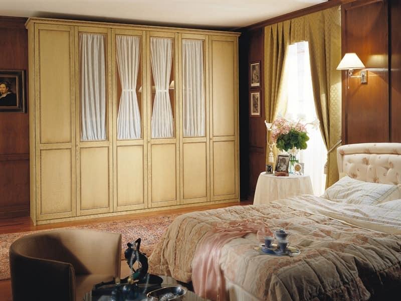 Großer Kleiderschrank, sechs Flügeltüren, für klassischen Stil ...