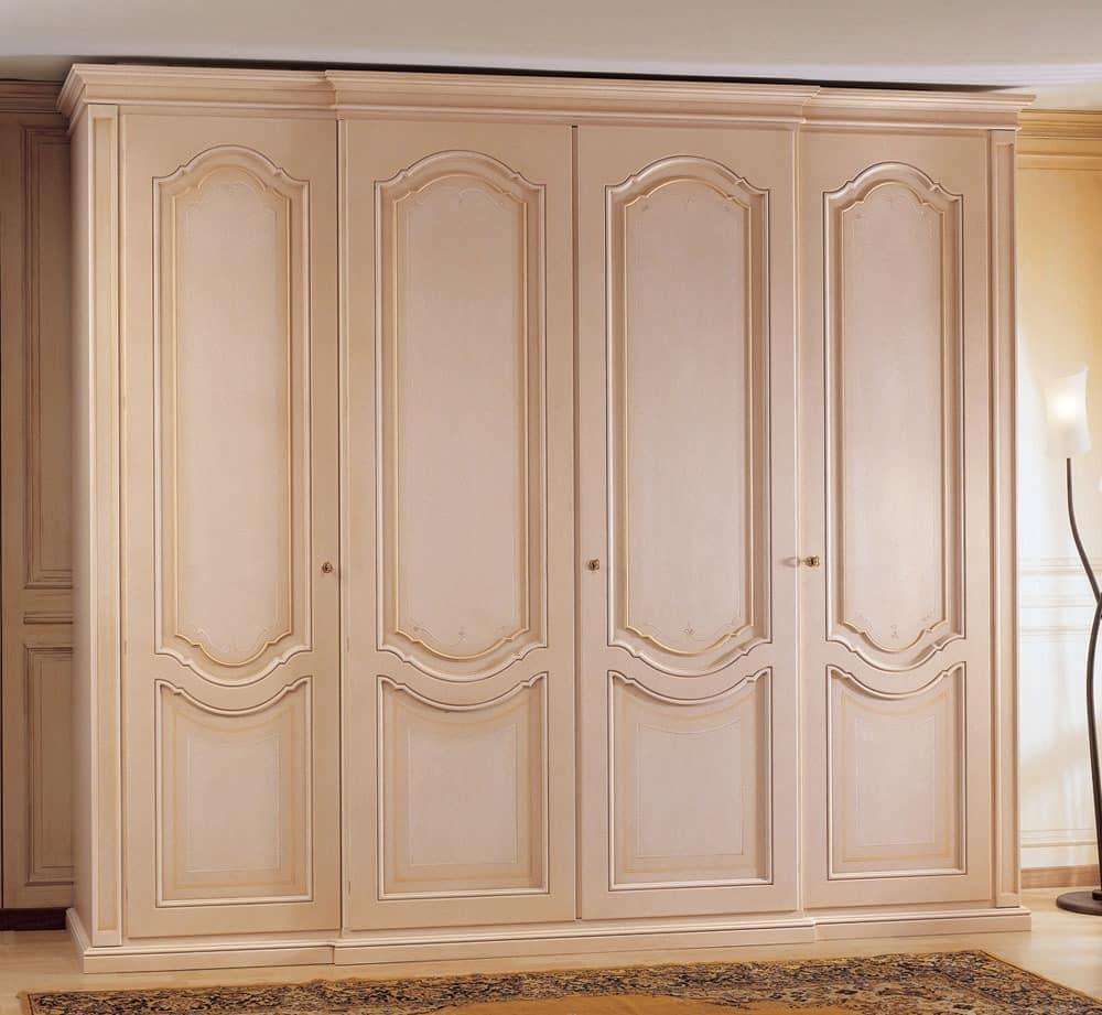 kleiderschrank aus holz verziert mit 4 t ren f r. Black Bedroom Furniture Sets. Home Design Ideas