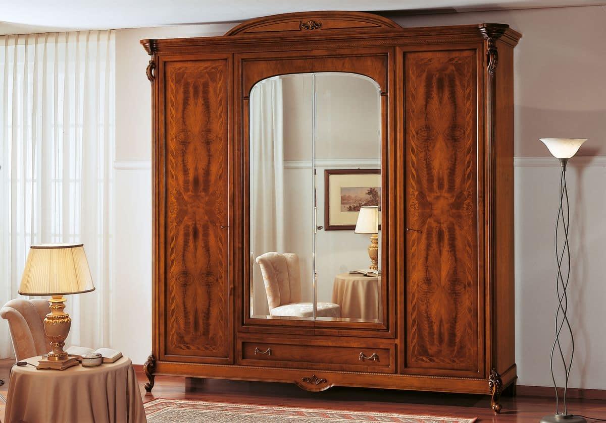 kleiderschrank mit 4 t ren und mittelfach mit einlegearbeiten idfdesign. Black Bedroom Furniture Sets. Home Design Ideas