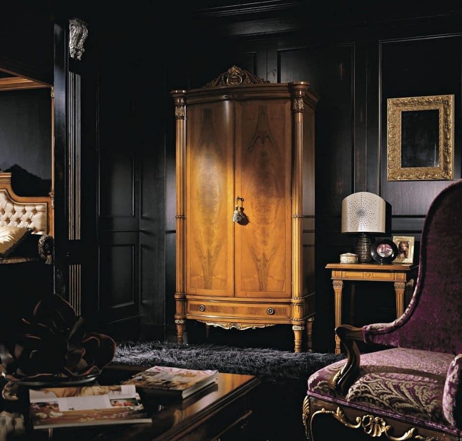 2 t r klassischen luxus kleiderschrank f r schlafzimmer furniert idfdesign - Luxus kleiderschrank ...