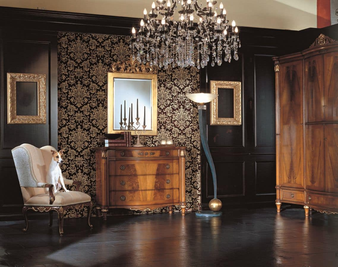 kommode mit 4 schubladen f r schlafzimmer im klassischen. Black Bedroom Furniture Sets. Home Design Ideas