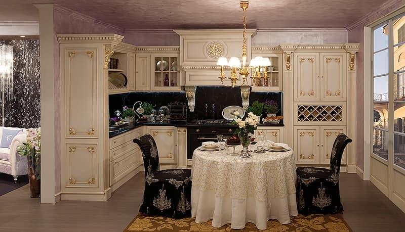 Luxor Küche, Küche in Holz, Blattgold Dekorationen, klassisch