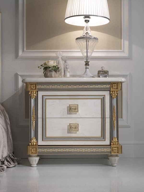 luxus nachttisch aus holz mit einem klassischen stil f r. Black Bedroom Furniture Sets. Home Design Ideas