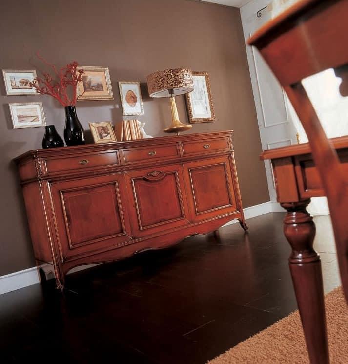 schrank mit 3 schubladen und 3 t ren im klassischen stil idfdesign. Black Bedroom Furniture Sets. Home Design Ideas