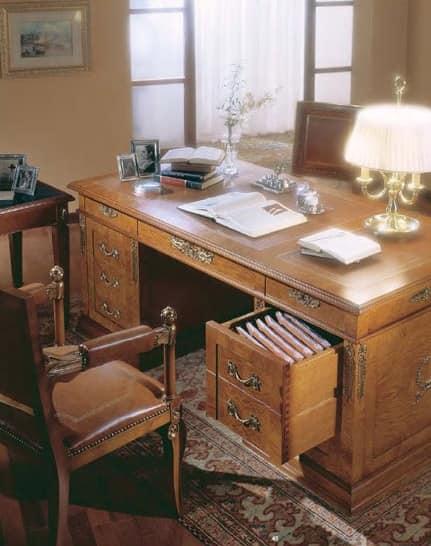 klassischer schreibtisch in wurzel esche f r luxus b ro. Black Bedroom Furniture Sets. Home Design Ideas