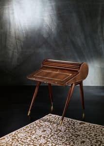 SC26, Klassischer Schreibtisch mit drei Schubladen und Flip-
