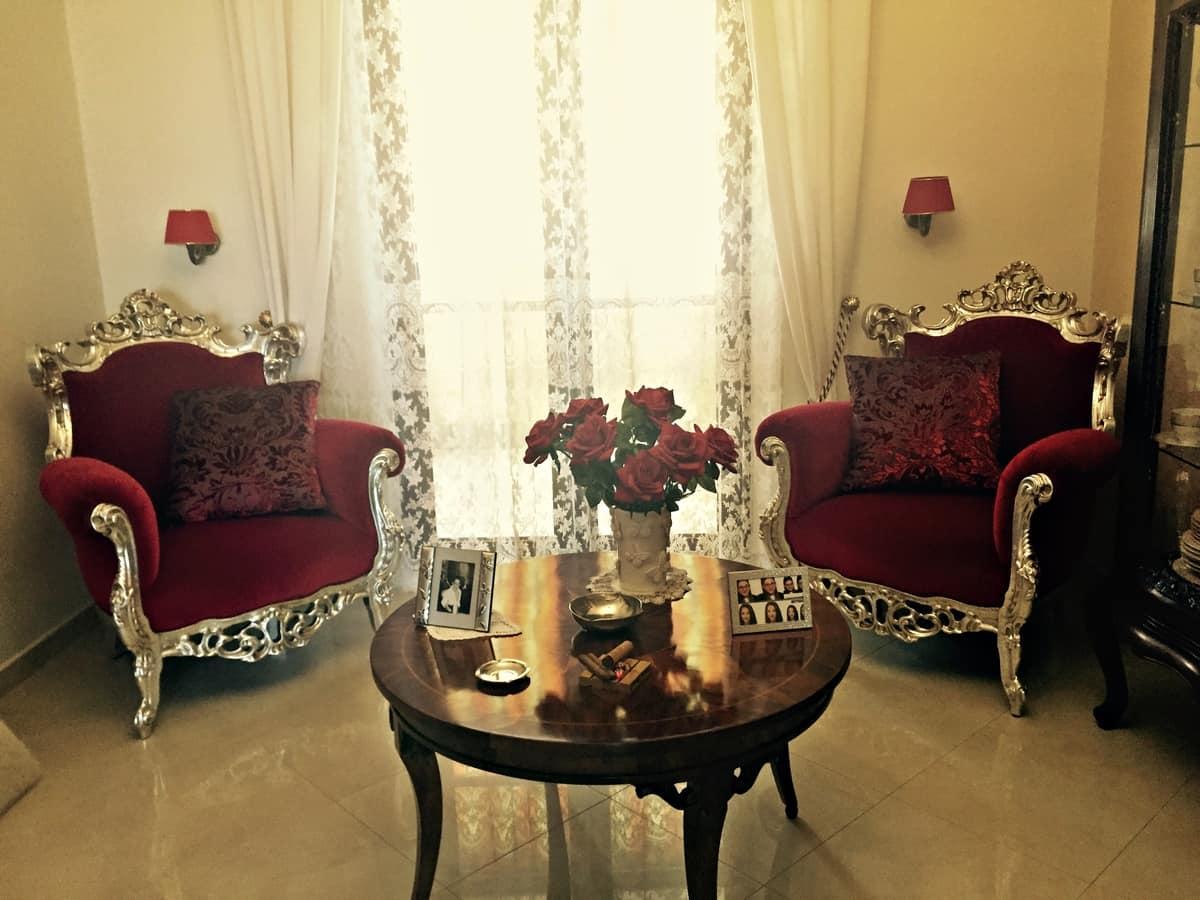 klassische sessel mit rotem samt gepolstert idfdesign. Black Bedroom Furniture Sets. Home Design Ideas