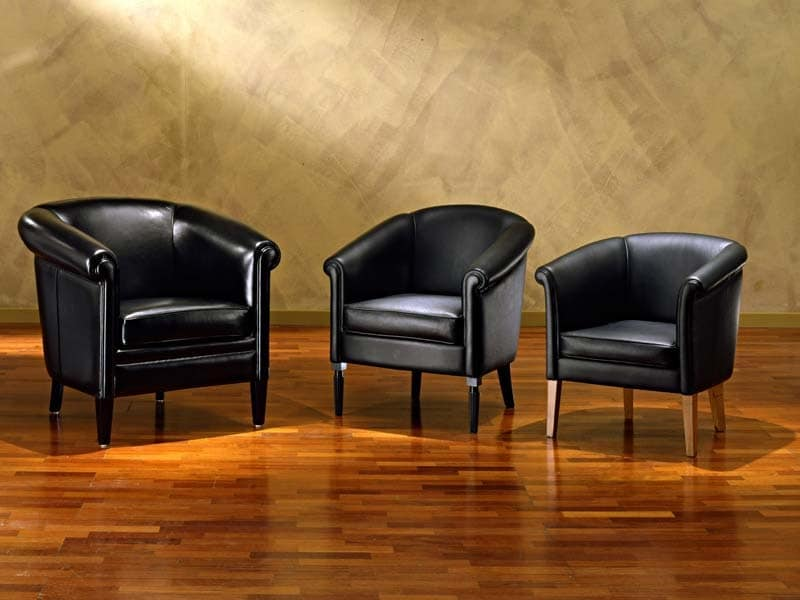 sessel mit luxus ausstattung f r k nigspalast idfdesign. Black Bedroom Furniture Sets. Home Design Ideas