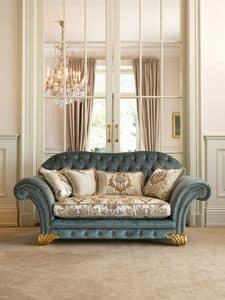 Margot, Sofa Klassiker, gesteppte Rückenlehne, Shell Dekorationen