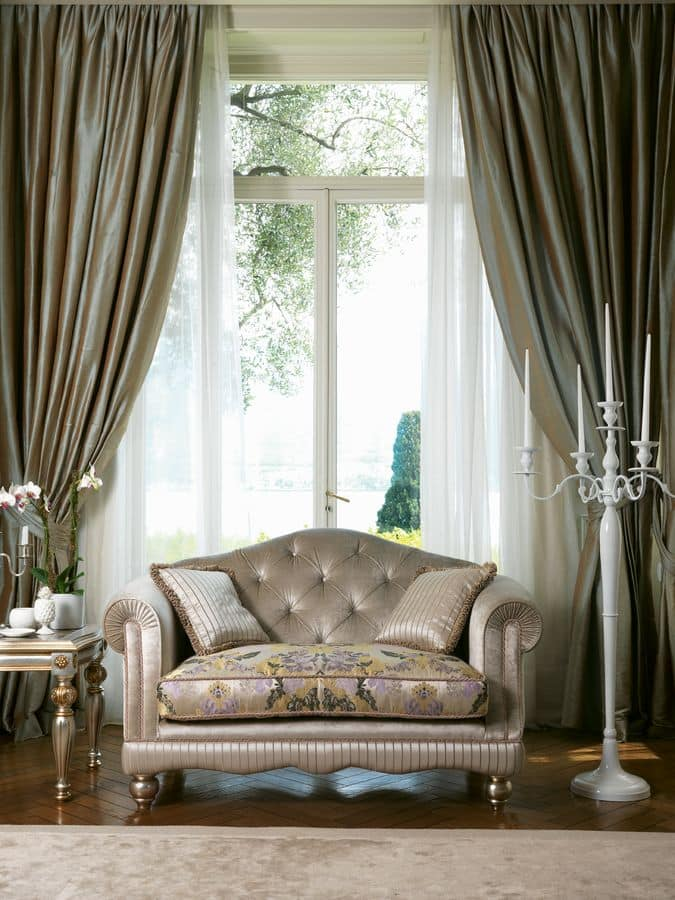 Matisse, Klassisches Sofa mit Rückenlehne getuftete
