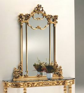 2635 Spiegel, Blattgoldspiegel, in geschnitztem Holz