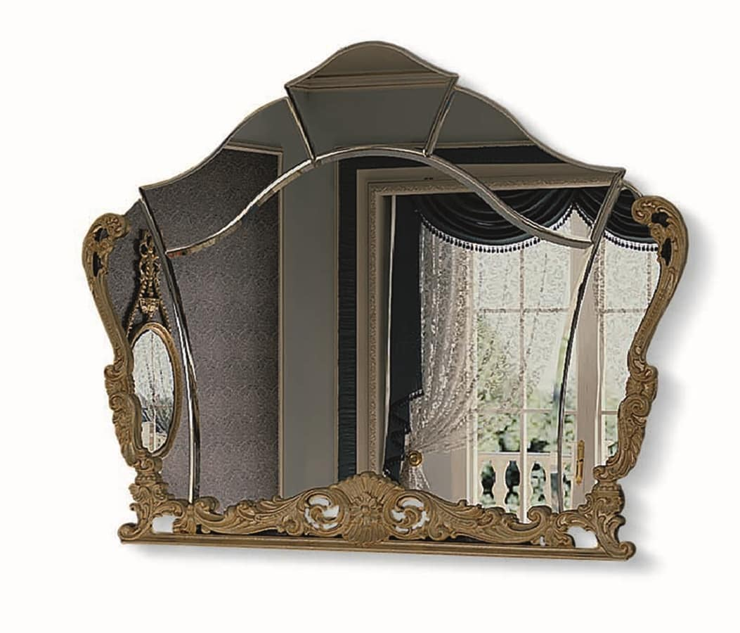 Geformter Spiegel mit geschnitztem Rahmen   IDFdesign
