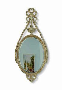 4627, Ovaler Spiegel mit Schnitzen und offener Arbeit