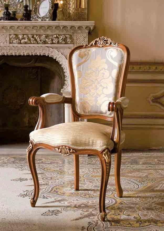 klassischer stuhl kopfende des tisches aus holz f r luxusk chen idfdesign. Black Bedroom Furniture Sets. Home Design Ideas