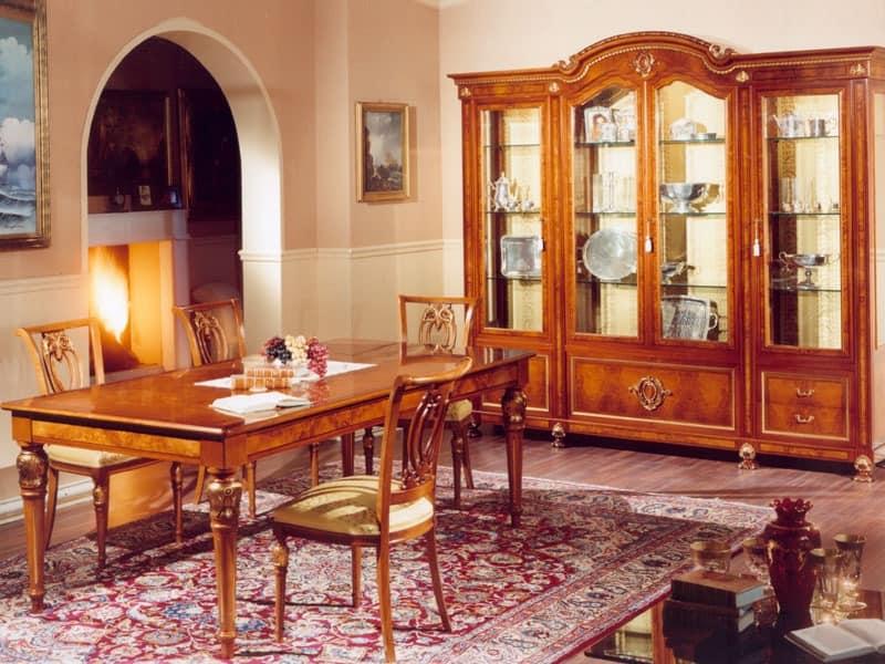 Klassisches vitrinen bibliothek idfdesign for Sedie da sala da pranzo classiche