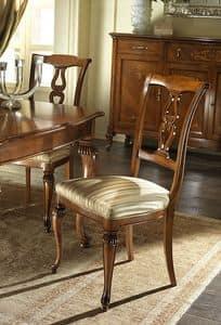 G 601, Geschnitzter und klassischer Stuhl mit gepolstertem Sitz