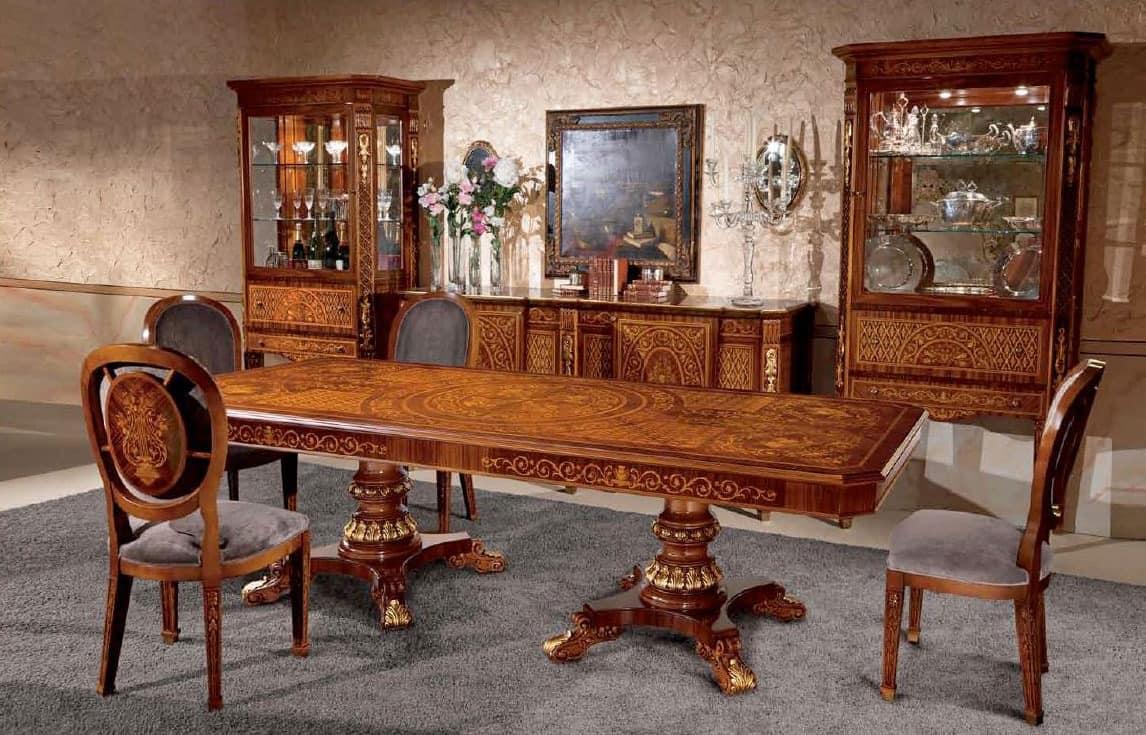 rechteckiger tisch aus holz eingelegt im klassischen. Black Bedroom Furniture Sets. Home Design Ideas