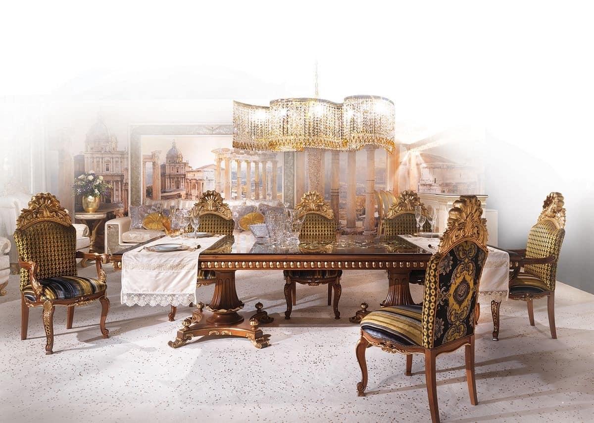 Rechteckiger tisch aus holz im klassischen stil idfdesign for Luxus esszimmer tische