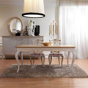 klassischer luxus esszimmer mit tisch st hlen und schaufenster idfdesign. Black Bedroom Furniture Sets. Home Design Ideas