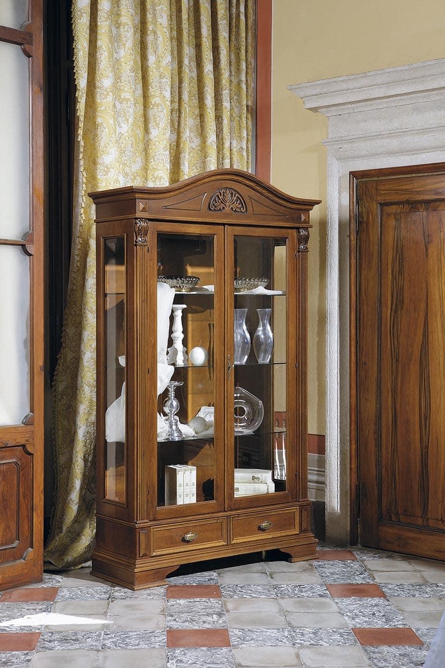vitrine mit 2 glast ren f r restaurants und hotels idfdesign. Black Bedroom Furniture Sets. Home Design Ideas