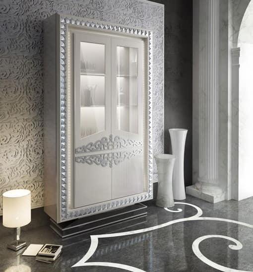 Klassischen stil anrichte innenbeleuchtung idfdesign for Cornici mondo convenienza
