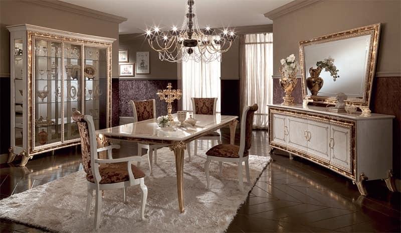 Vitrine mit klassischen stil mit elegantem design mit for Klassische wohnzimmer