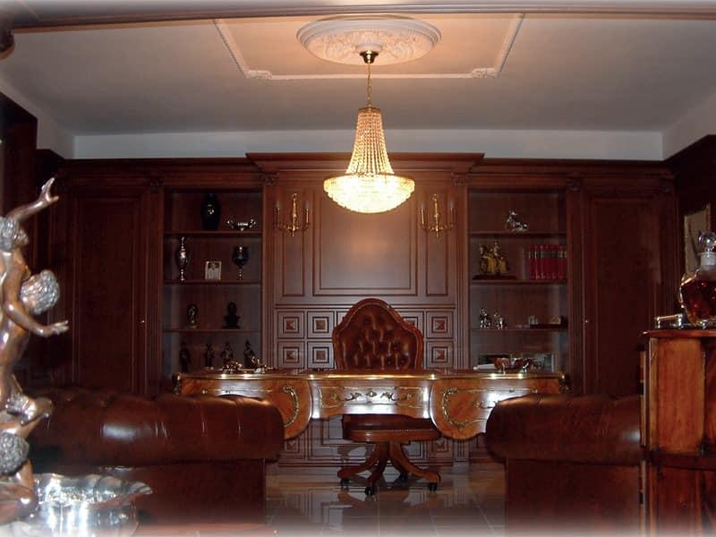 klassische designer mobel von turati boiseries, executive-büro mit einem schreibtisch und umfang boiseries | idfdesign, Design ideen