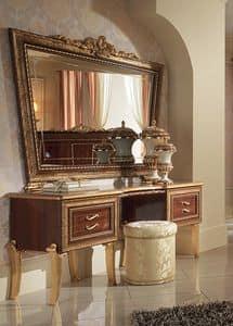 tv st nder mit b cherregal mit goldenen verzierungen. Black Bedroom Furniture Sets. Home Design Ideas