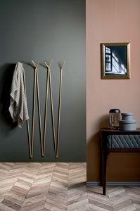 LOST, Modularer Kleiderbügel aus lackiertem Metalldraht