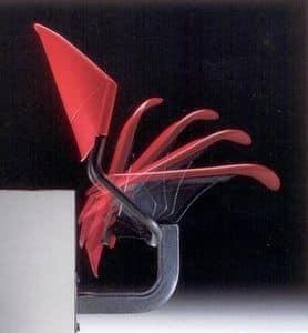 DELFI A086 F1, Stuhl an der Wand befestigt, in dem Copolymer und Metall